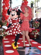katy-perry-at-minnie-mouse-honored-with-star-on-hollywood-walk-of-fame-ceremony-01-22-2018-6